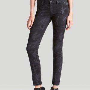 DL1961Emma Power Legging Skinny Jeans Black Camo